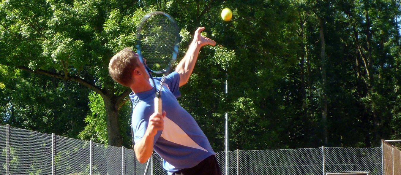 Tennisurlaub und Tenniscamp